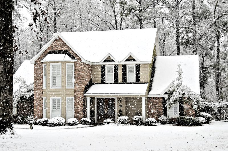 Reasons to Buy a House in Winter